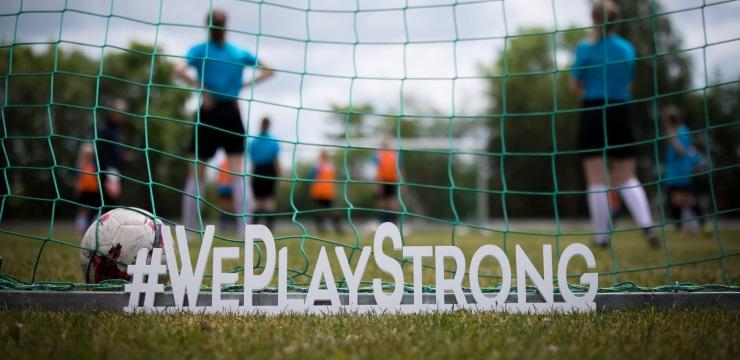 Gulbene uzņems #WePlayStrong sieviešu futbola attīstības braucienu