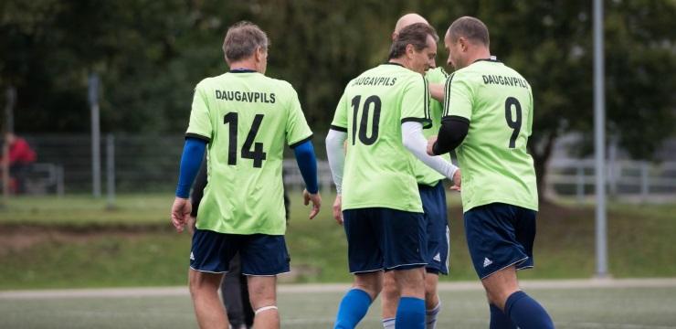 Daugavpils komanda garantē pirmo vietu veterānu čempionātā