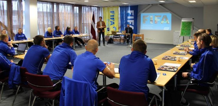 Kupli apmeklēti gada izskaņas treneru izglītības pasākumi