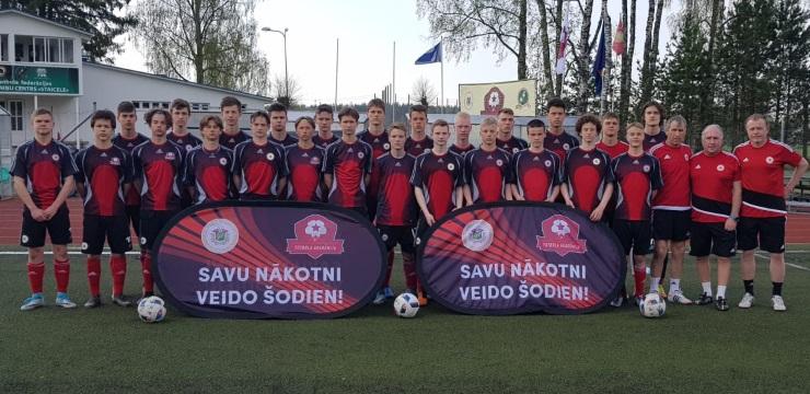 Foto: U-17 izlases kandidātu nometne Staicelē
