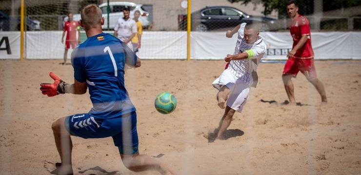 Pludmales futbola izlasei pirms PK kvalifikācijas divas spēles Igaunijā