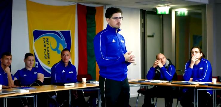 Video: FIFA seminārs vārtsargu treneriem