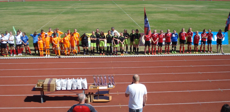 Meiteņu turnīrā Gulbenē uzvar viešņas no Igaunijas