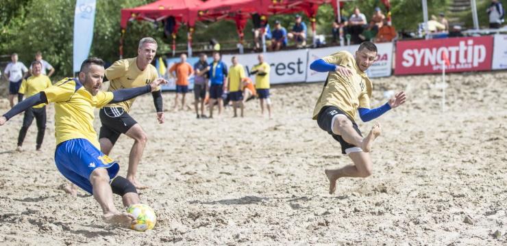Jūrmalas kausā pludmales futbolā teju skaidrs finālposma astotnieks