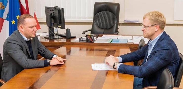 LFF vadība iepazīstas ar situāciju Daugavpils futbolā