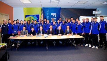 Rīgā risinās Elites jauniešu treneru seminārs FIFA instruktora Sergeja Aļeiņikova vadībā