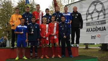 Rīgas U14 izlase kļūst par LMT akadēmijas turnīra uzvarētājiem