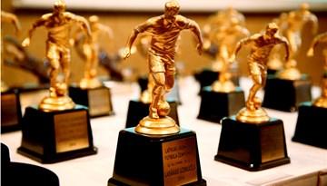 Apbalvoti 2014.gada LMT Futbola akadēmijas izcilnieki un Latvijas jaunatnes futbola čempionāta laureāti