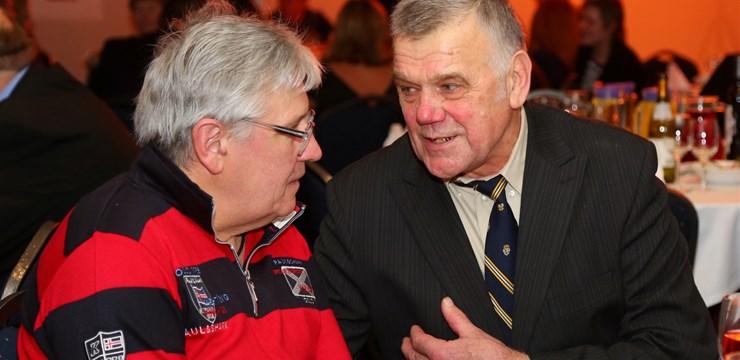 LFF sveic latviešu futbola vārtsargu Laimoni Laizānu 70 gadu jubilejā