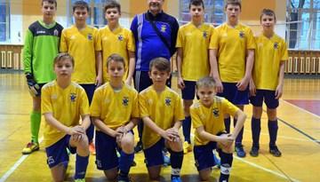 """Rīgas kausā telpu futbolā zēniem 2002. gada vecumā atkal triumfē SK """"Super Nova"""""""