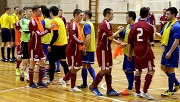 FK Nikars pasniedz paraugstundu Latvijas U-21 telpu futbola izlasei