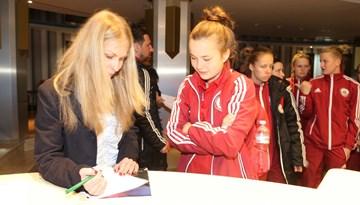 Latvijas nacionālā sieviešu futbola izlase ieradusies Moldovā