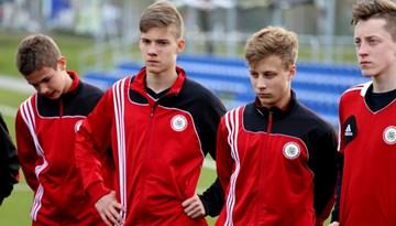 Latvijas U-17 izlase UEFA Attīstības turnīru noslēdz ar panākumu pār Krieviju