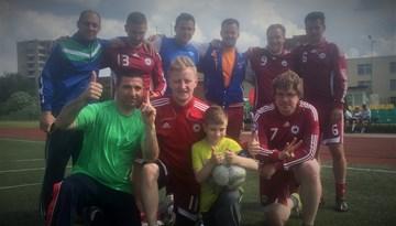 Latvijas futbola mediju un draugu komanda izcīna 3.vietu starptautiskā turnīrā Lietuvā