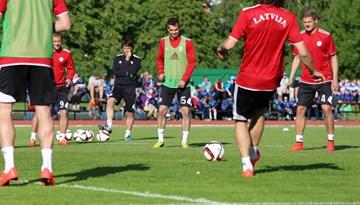 Latvijas nacionālā futbola izlase uzsākusi gatavošanos spēlei ar Nīderlandi