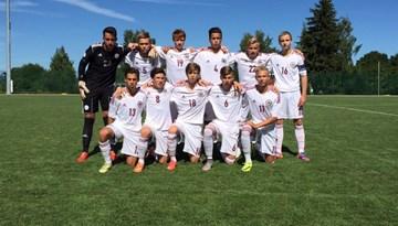 Latvijas U-16 jauniešu izlase draudzības spelē zaudē Lietuvai