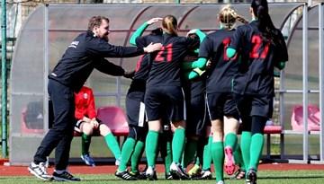 Pilnu tribīņu priekšā atklāta jaunā Sieviešu Futbola līgas sezona