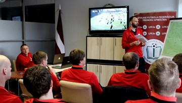 Uzsāk otro A-UEFA Elite Youth treneru kursu komplektēšanu