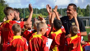 "SK Babīte ar spāņu treneru dalību rīko futbola nometni bērniem ""Babīte - Barcelona"""