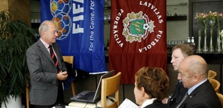 FIFA futbola treneru piecu dienu kursi viesnīcā Maritim