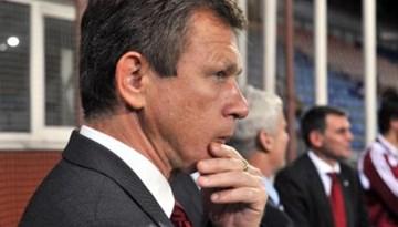 """UEFA treneru konferences pamattēze: """"treneris – galvenā figūra mūsdienu futbolā"""""""