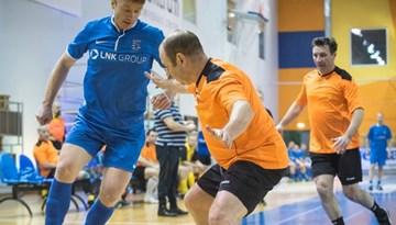 LTFA aicina komandas pieteikties Latvijas veterānu čempionātam telpu futbolā