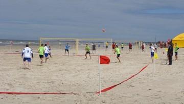 Kurzemes reģionā pirmoreiz aizvadīts pludmales futbola tiesnešu seminārs