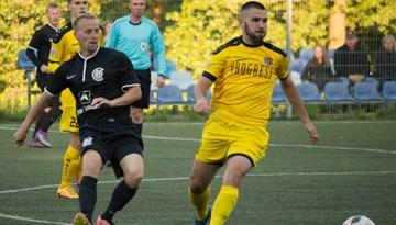 Rīgas futbola čempionāta izšķirošās cīņas turpina uzņemt apgriezienus