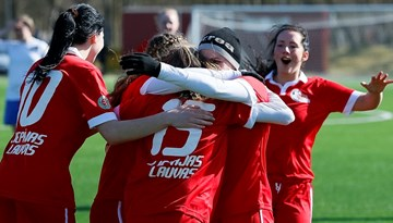 Sieviešu futbola turnīros nedēļas nogalē tiks aizvadītas sešas spēles