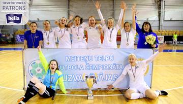 Rīgas Futbola skolas uzvara pirmajā divīzijā noslēdz Latvijas meiteņu telpu futbola čempionāta sezonu