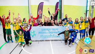 Latvijas meiteņu telpu futbola čempionāta U-12 grupas tituls ceļo uz Olaini