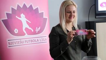 Sieviešu futbola līgas dalībnieki satikušies jaunās sezonas gaidās