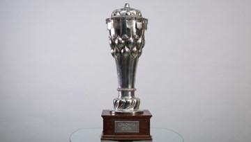 Igaunijas čempioni FC Flora iegūst atjaunotā Livonijas kausa trofeju