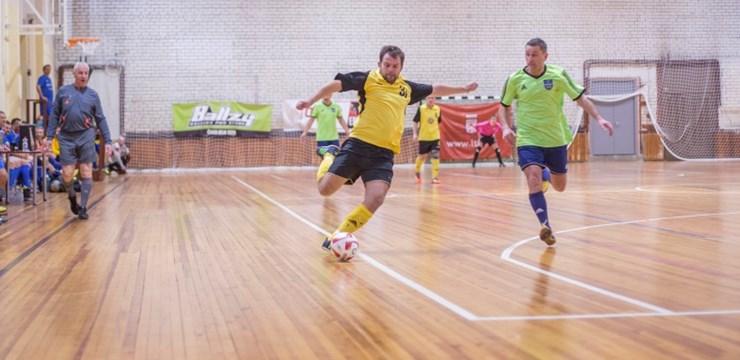 Tiks aizvadīts Latvijas veterānu telpu futbola čempionāta otrais posms
