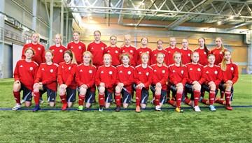 Latvijas WU-15 meiteņu izlase satikusies uz selekcijas nometni Rīgā