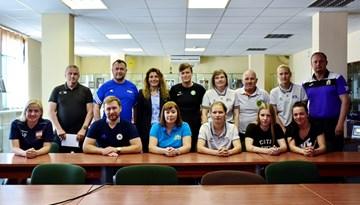 Sieviešu futbola treneri izglītojas WU-17 Eiropas čempionāta finālturnīrā