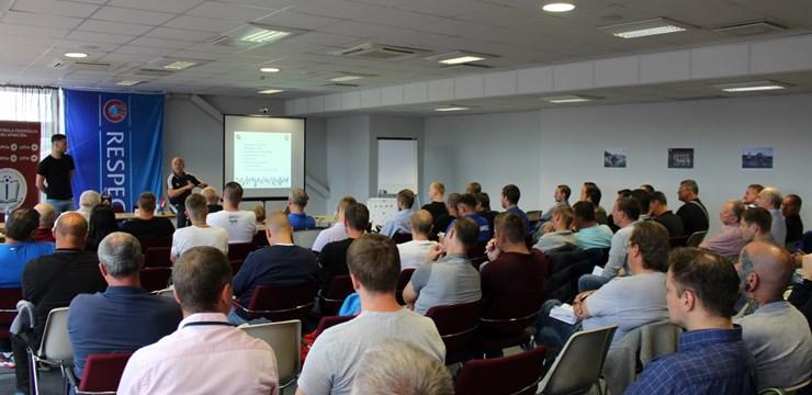 Semināru par Mančestras United akadēmijas filozofiju apmeklē 70 treneri