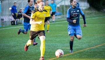 FK Rīnūži/Grifs AG pārtrauc neveiksmju sēriju Rīgas čempionātā