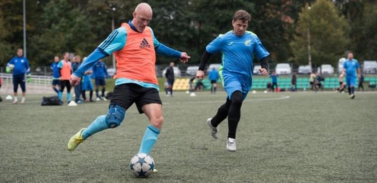 Jūrmalnieki neizmanto iespēju pārtraukt Daugavpils uzvaru gājienu veterānu čempionātā