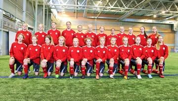 FOTO: Latvijas WU-15 meiteņu izlases selekcijas nometne Rīgā