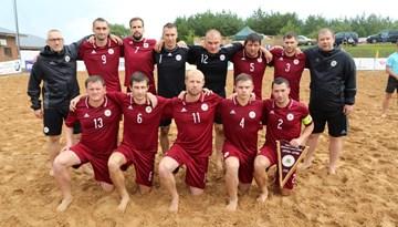 Pludmales futbola izlase galvenā trenera Andreja Baumaņa debijā pārspēj Lietuvu