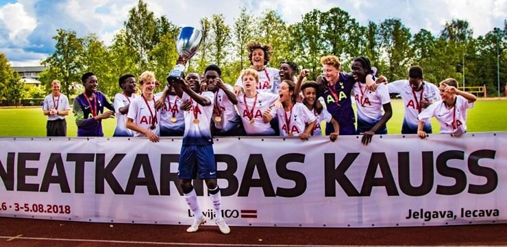 Tottenham Hotspur FC triumfē LFF Neatkarības kausa pirmajā turnīrā