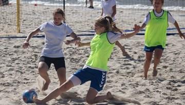 Sieviešu komandas aicina pieteikties Jūrmalas kausam pludmales futbolā