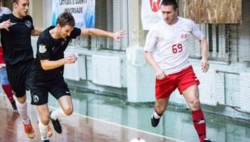 Rīgas telpu futbola čempionātā simtprocentīgu bilanci saglabā viena komanda