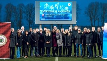 Noslēgušās UEFA futbola pārvaldības mācības Latvijā