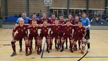 Latvijas telpu futbola izlase pirmajā pārbaudes spēlē pieveic Igauniju