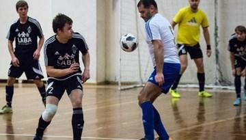 DSV saglabā vadību Rīgas telpu futbola čempionāta spēcīgākajā grupā