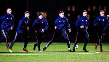 Foto: #11vilki pirmais treniņš Stojanoviča vadībā