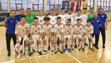 Pirmajā spēlē Baltkrievijā telpu futbola U-19 izlasei zaudējums