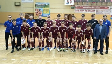 U-19 telpu futbolisti nometni Baltkrievijā noslēdz ar zaudējumu